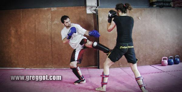 Boxe Pieds Poings Sanda Kick Boxing Boxe Thaï MMA
