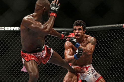 MMA-Fight-Camp-Jon-Jones-Vitor-Belfort